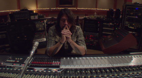 grohl-neve-board